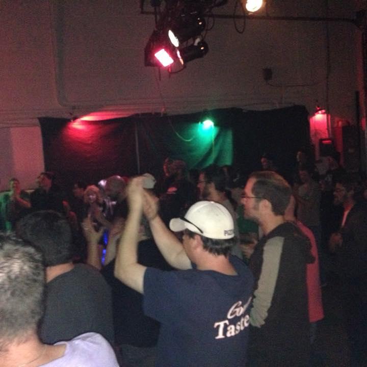 mystery-garage-crowd